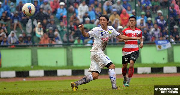 Kenji Adachihara persib bandung