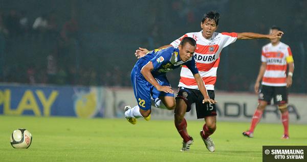 Image Result For Madura United Vs Persib Bandung