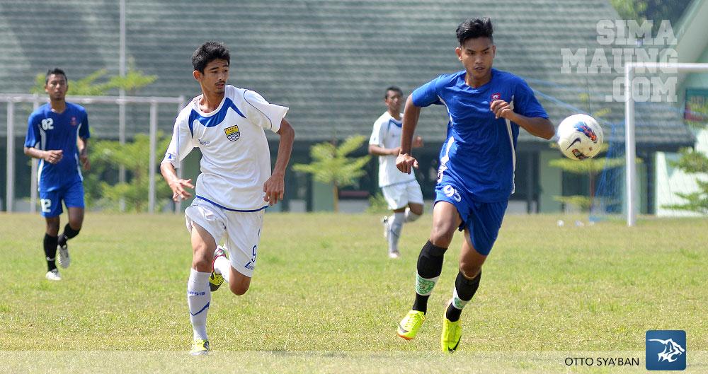 Persib Bandung Berita Online | simamaung.com » Foto Diklat Persib (U19) vs PBR U21