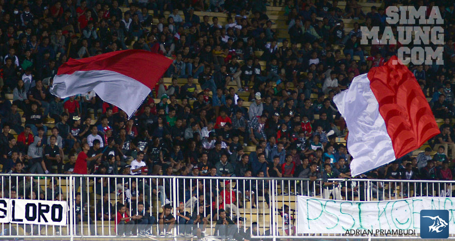 foto-indonesia-xi-vs-fulham-u21-bendera
