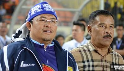 Persib Bandung Berita Online | simamaung.com » Umuh Berharap Kerjasama Persib-Bank BJB Bisa Awet