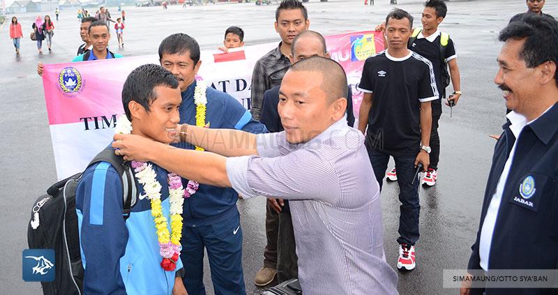 foto-timnas-indonesia-u-19-tiba-di-husein-SIM_9953