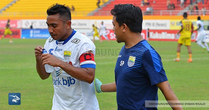 foto-persib-bandung-vs-sriwijaya-fc-di-palembang-away-firman-SIM_7190