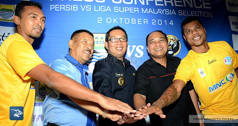 foto-persib-bandung-konpers-ujicoba-vs-malaysia-SIM_8403