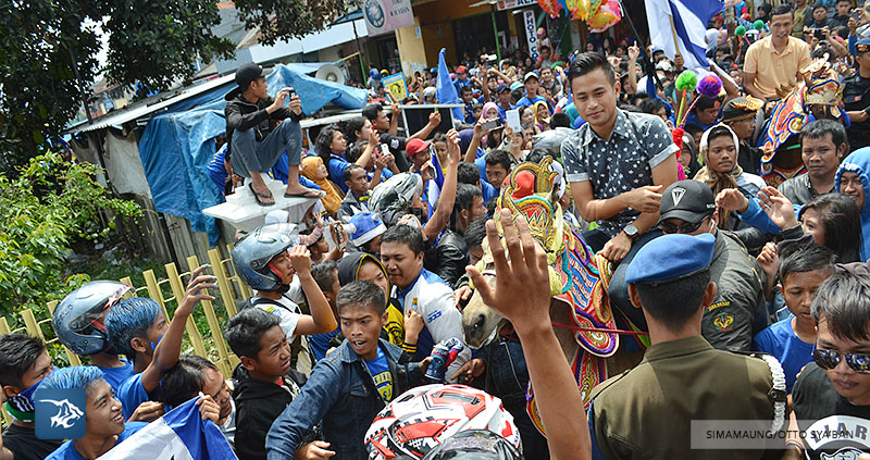foto-persib-bandung-road-show-di-tanjung-sari-SIM_9093