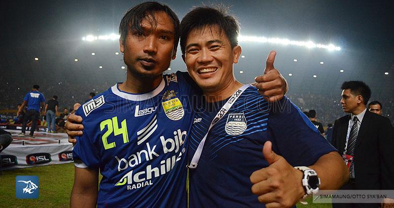 foto-persib-bandung-vs-persipura-final-isl-2014-persib-juara-hariono-yaya-SIM_6258
