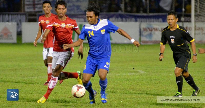 Foto-Persib-Bandung-Piala-Walikota-Padang-2015-Persiba-SIM_2544