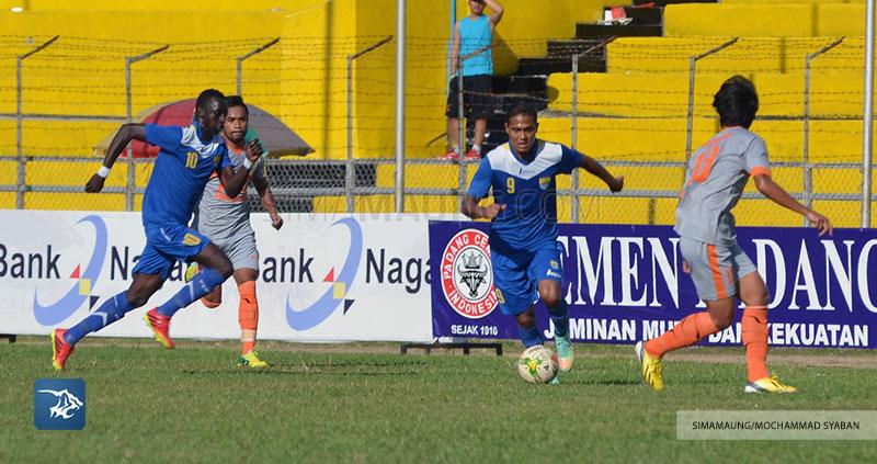 Foto-Persib-Bandung-Pusamania-Borneo-FC-Piala-Walikota-Padang-2015-Maycon-PBFC-SIM_2233