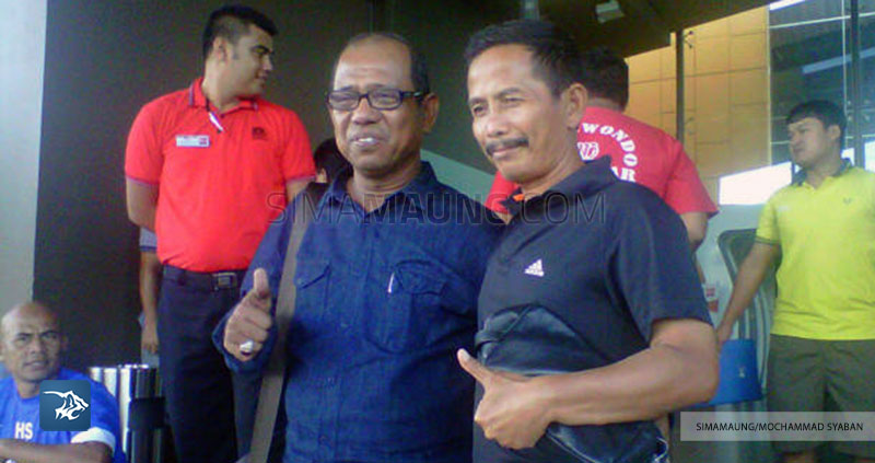 Persib Bandung Berita Online | simamaung.com » Dampingi Janur Jadi Pelatih, Emral: Ini Seperti ...