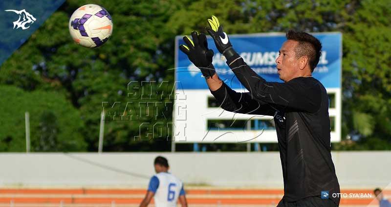 foto-persib-bandung-latihan-di-stadion-bumi-sriwijaya-iic-2015-made-SIM_5983