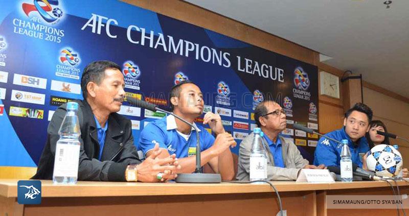 Foto-Persib-Bandung-Konferensi-Pers-Hanoi-Prematch-My-Dinh-Stadium-LCA