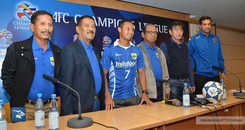 Foto-Persib-Bandung-Konferensi-Pers-Hanoi-Prematch-My-Dinh-Stadium