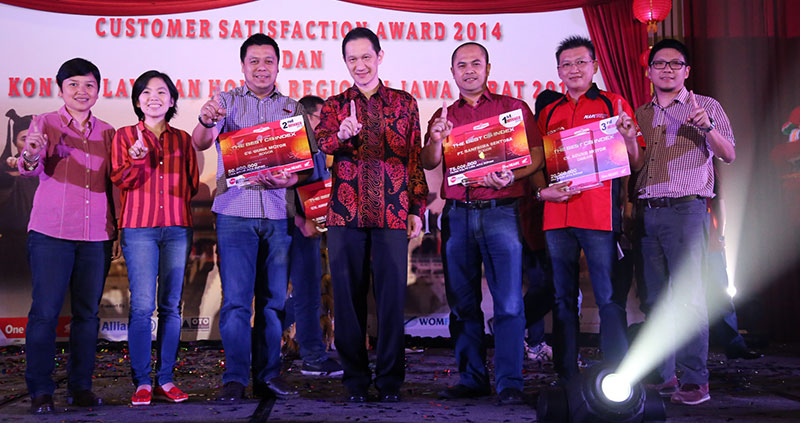 foto-Customer-Satisfaction-Award-dan-Kontes-Layanan-honda