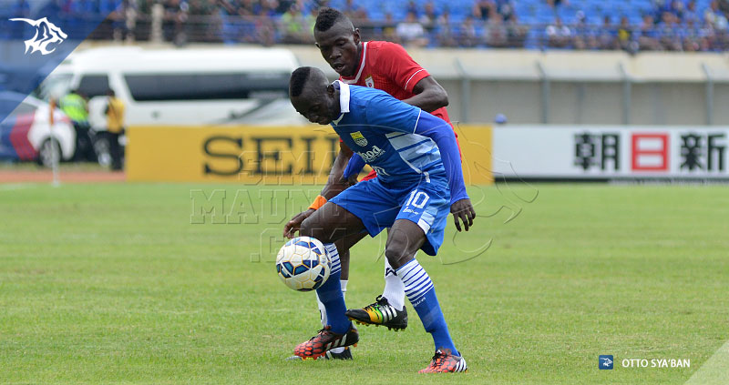 foto-persib-bandung-vs-lao-afc-cup-2015-KONATE-SIM_3804