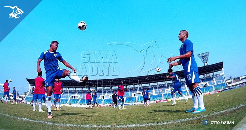 foto-tim-persib-bandung-latihan-yangon-afc-cup-2015-1