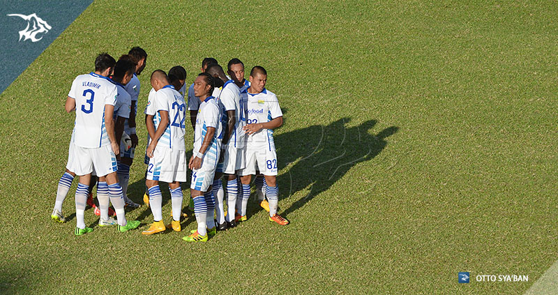 FOTO-PERSIB-BANDUNG---New-Radiant-vs-Persib-AFC-Cup-2015-di-Male-SIM_8844