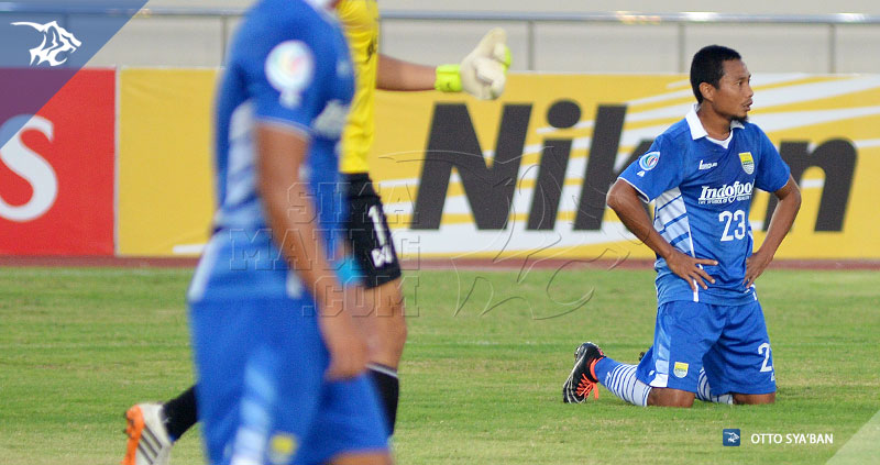 foto-persib-bandung-vs-lao-fc-di-vientiane-laos-afc-cup-2015-RIDWAN-SIM_7086