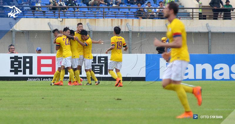 foto-persib-bandung-vs-kitchee-16-besar-AFC-cup-2015-SIM_2085