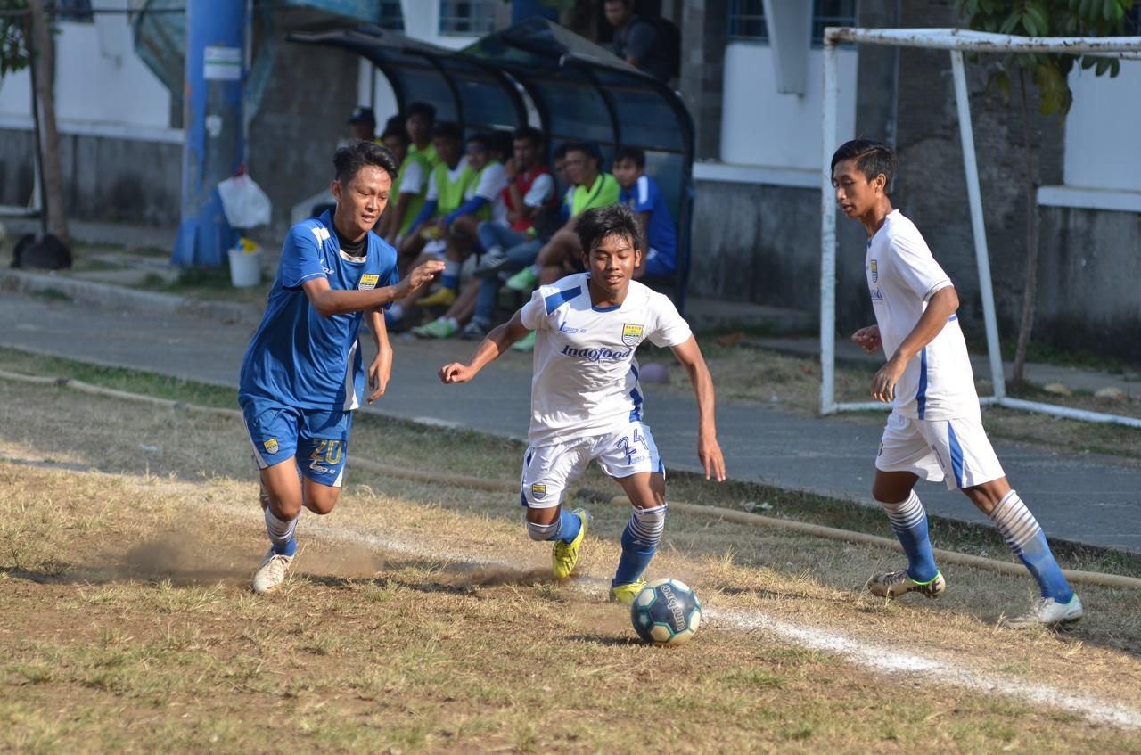 Persib Bandung Berita Online | simamaung.com » (VIDEO) Final Liga Ngabuburit Persib U19 vs ...
