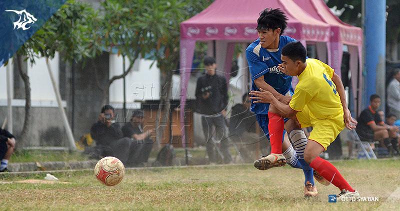 foto-persib-bandung-u-19-vs-bone-fc-liga-ngabuburit-2015-SIM_3587