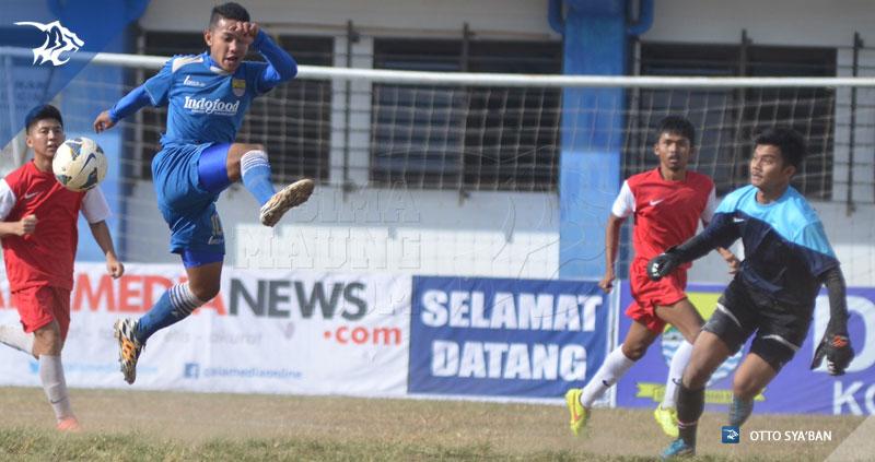 foto-persib-u19-vs-ranger-fc-liga-ngabuburit-2015-semi-final_17072134