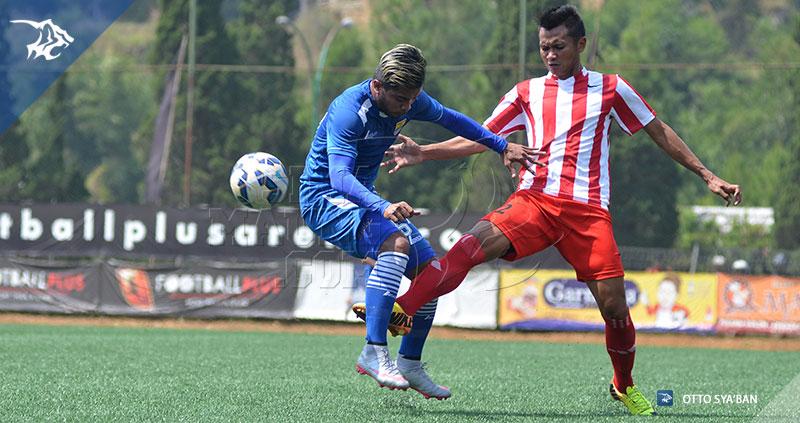 foto-persib-bandung-vs-bareti-ujicoba-di-football-plus-2015-ZULHAM-SIM_6262
