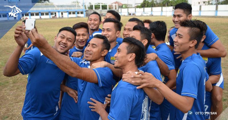 Persib Bandung Berita Online | simamaung.com » Belum Dikontrak ...