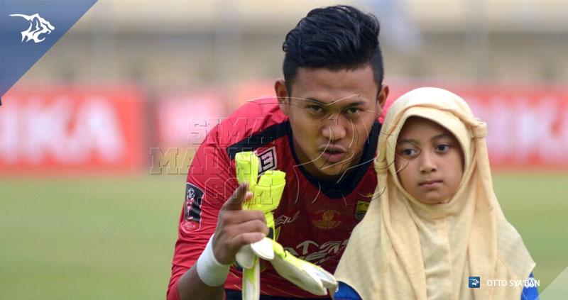 foto-eksebisi-persib-vs-malaysia-all-stars-2015-deden-natshir-20151024_573