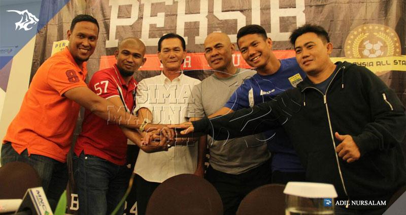 foto-konferensi-pers-persib-vs-malaysia-all-stars-2015-1939