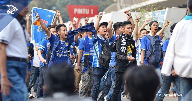 foto-persib-bandung-vs-sriwijaya-fc-final-piala-presiden-2015-SIM_3035