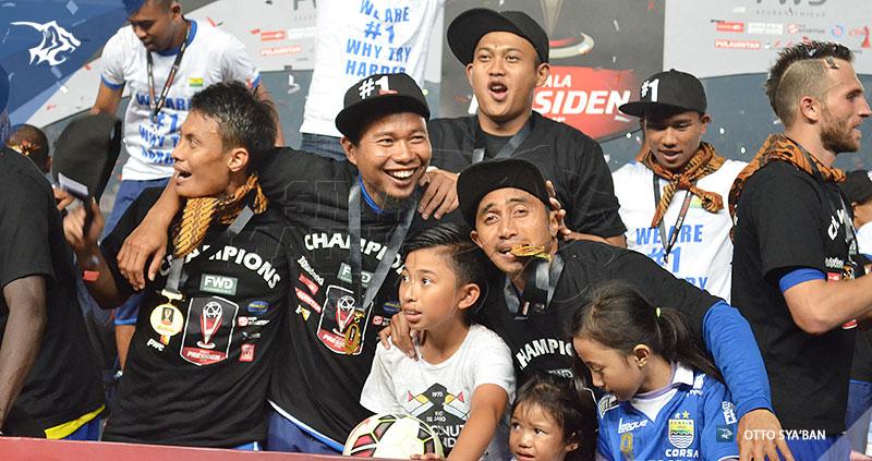 foto-persib-bandung-vs-sriwijaya-fc-final-piala-presiden-2015-SIM_3700
