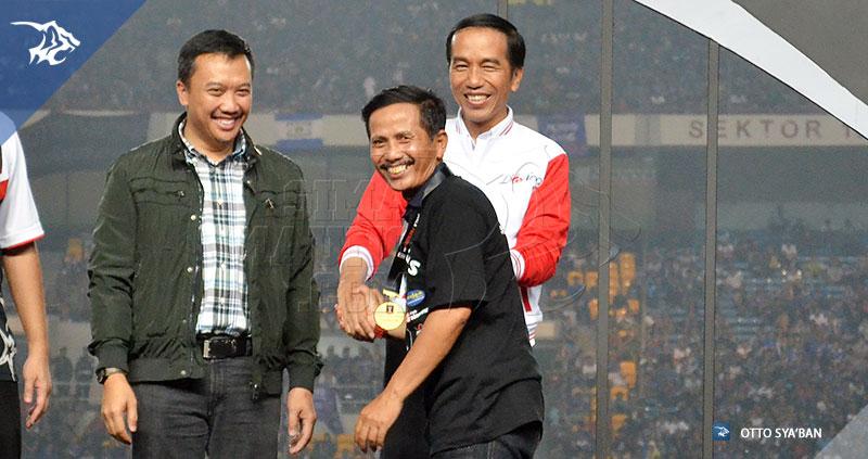 foto-persib-bandung-vs-sriwijaya-fc-final-piala-presiden-2015-jajang-nurjaman-SIM_3575
