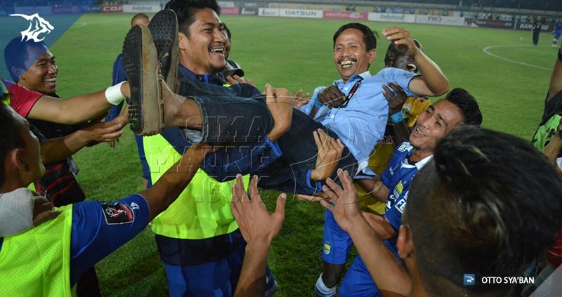 foto-persib-vs-mitra-kukar-semi-final-piala-presiden-2015-jajang-nurjaman-20151010-#4_546