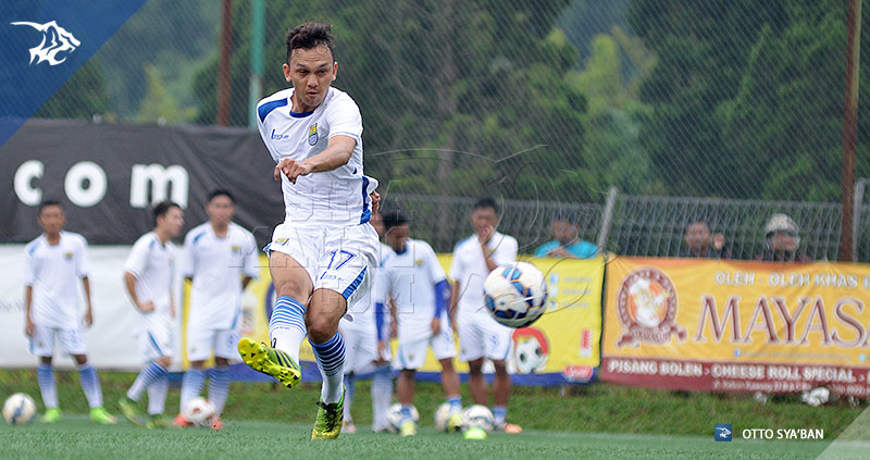 foto-persib-bandung-latihan-di-football-plus-RAHMAT-SIM_1124