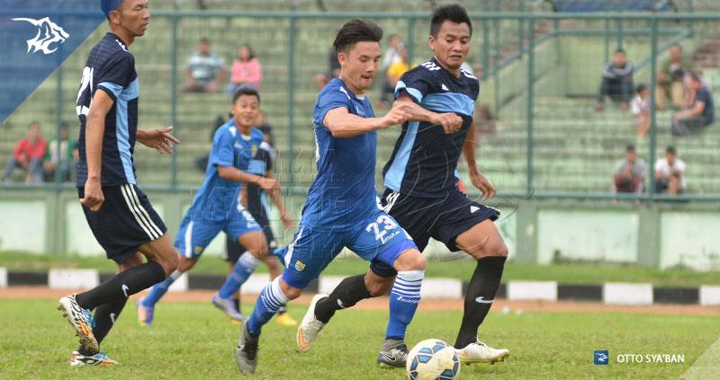Foto-Uji_Coba-Persib-vs-Song-FC-Stadion-Siliwangi-Maret-2016-Kim-Jeffrey-Kurniawan-S__24625194