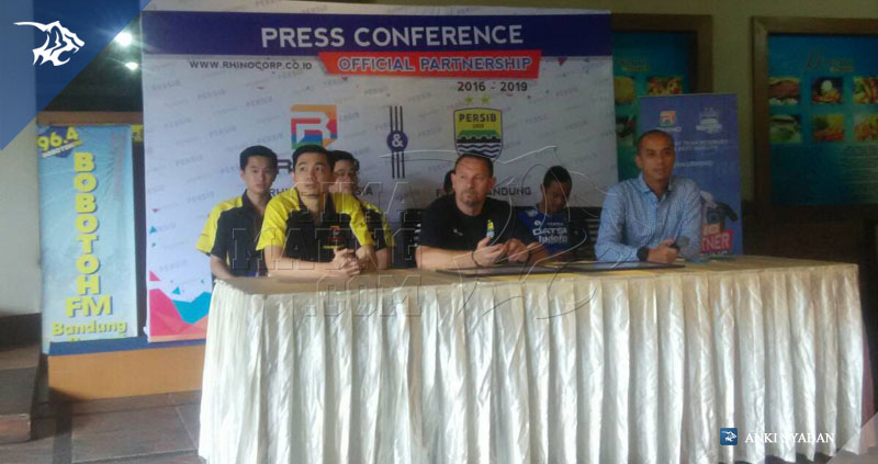 foto-konferensi-pers-sponsor-persib-rhino-digital-printing-grha-sulanjana-tsc-2016-75612