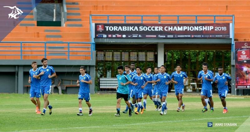 foto-latihan-uji-lapang-stadion-segiri-pbfc-tsc-2016-torabika_7262