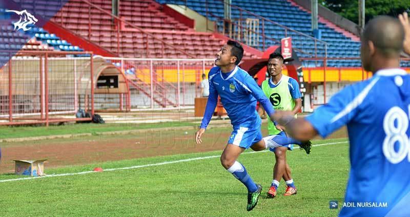 foto-latihan-uji-coba-lapangan-stadion-andi-matalata-makassar-psm-samsul-arif_9758