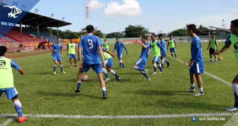 foto-latihan-uji-coba-lapangan-stadion-andi-matalata-makassar-psm_4458
