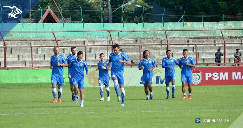 foto-latihan-uji-coba-lapangan-stadion-andi-matalata-makassar-psm_6427