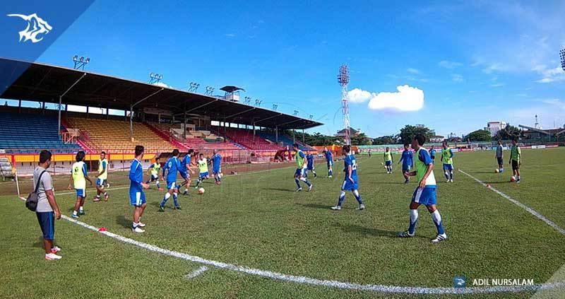 foto-latihan-uji-coba-lapangan-stadion-andi-matalata-makassar-psm_8277