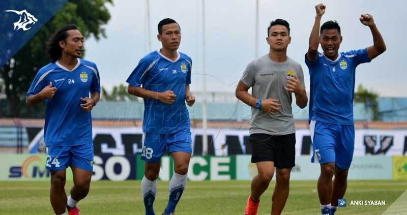 wm-lat-vs-persela-tony-jajang-hariono_6379