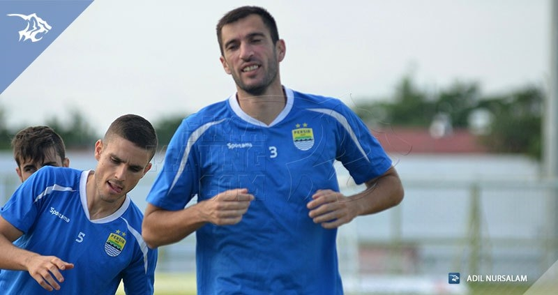 Vladimir Vujovic - Diogo Ferreira