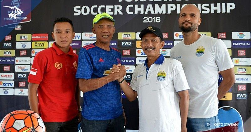 Persib vs PS TNI