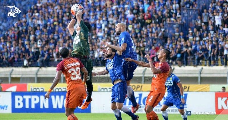 Persib vs PBFC-Sergio van Dijk