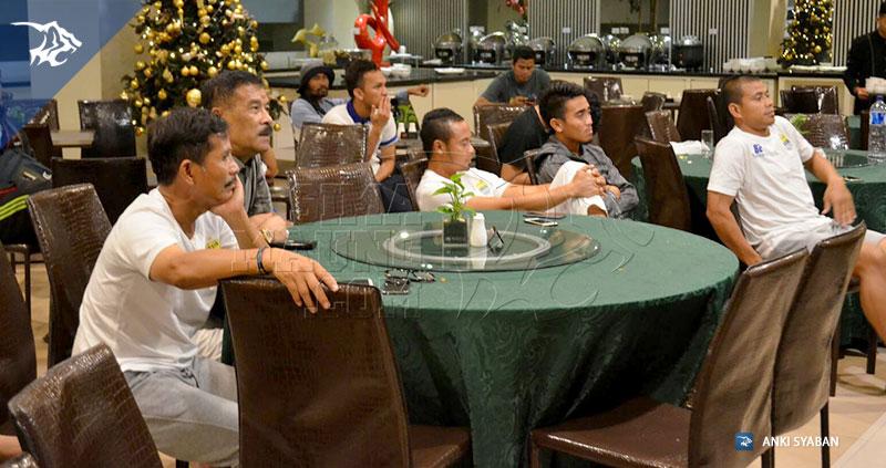 Tim Persib Nobar Piala AFF