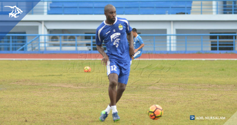 Latihan-Arcamanik-carlton-cole_170427_0011