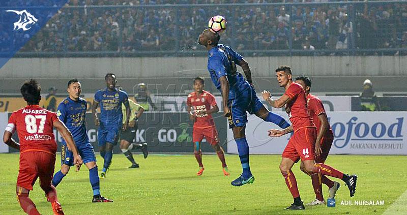 Persib-Arema-Liga-1-Cole-2