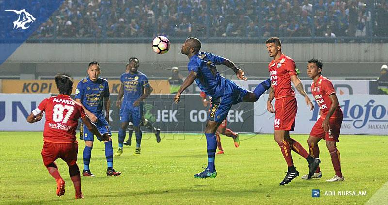 Persib-Arema-Liga-1-Cole