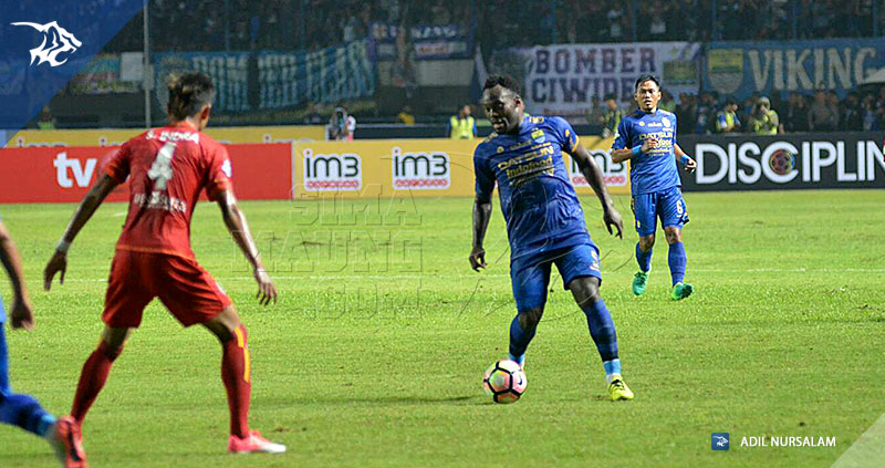 Persib-Arema-Liga-1-Essien-Indra